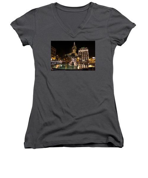 Rome's Fabulous Fountains - Bernini's Fontana Del Tritone Women's V-Neck T-Shirt
