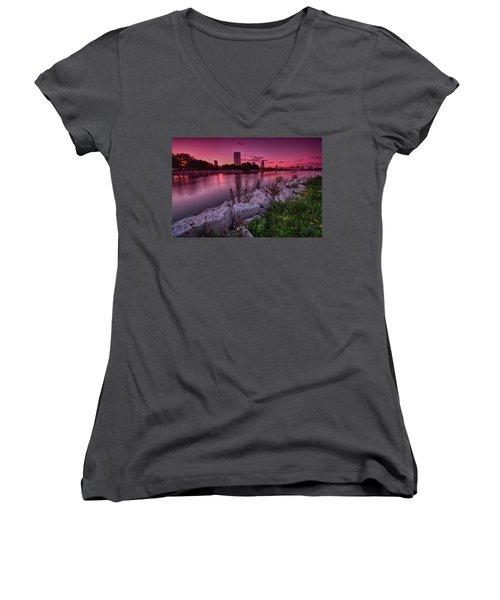 Scenic Sunset Women's V-Neck T-Shirt