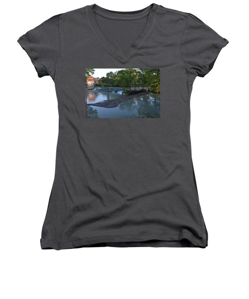Seguin Tx 01 Women's V-Neck T-Shirt