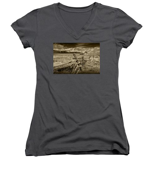 Sepia Colored Photo Of A Wood Fence By The John Moulton Farm Women's V-Neck (Athletic Fit)