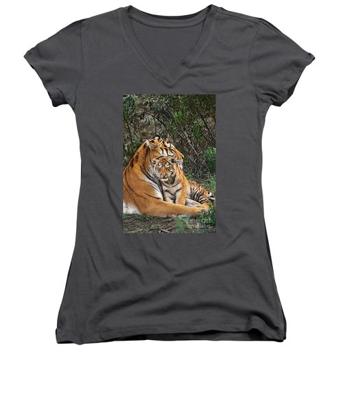 Siberian Tiger Mother And Cub Endangered Species Wildlife Rescue Women's V-Neck (Athletic Fit)