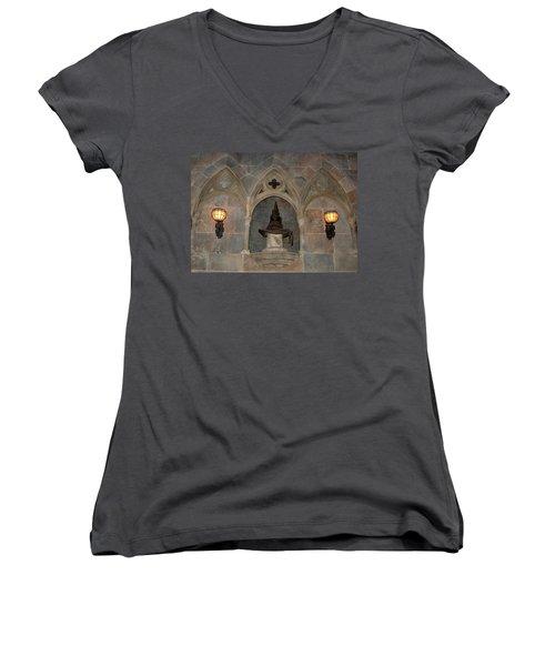 Sorted Women's V-Neck T-Shirt
