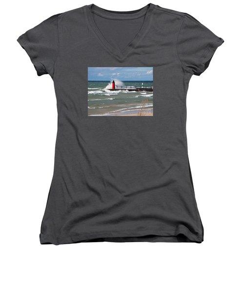 South Haven Splash Women's V-Neck T-Shirt
