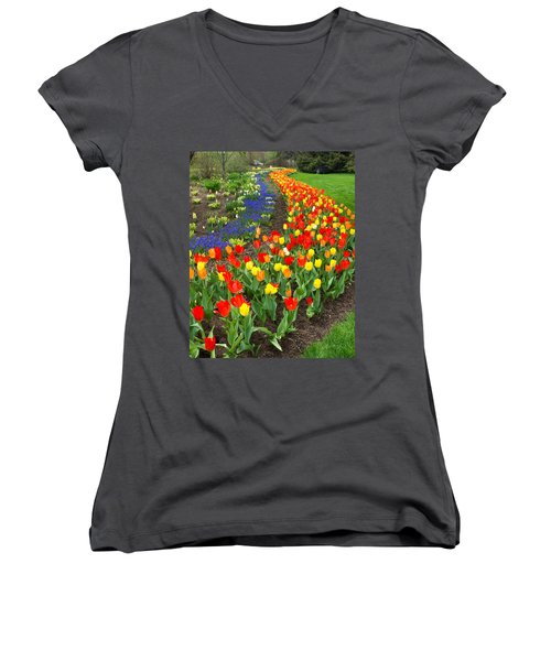 Spring Streaming By Women's V-Neck