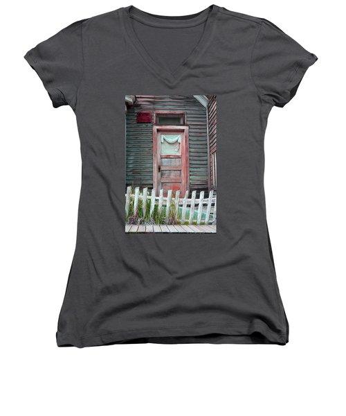 St. Elmo Door Salmon Women's V-Neck T-Shirt
