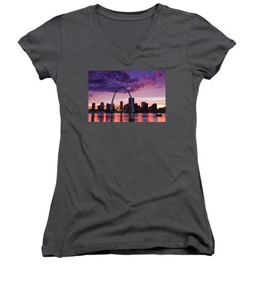 St Louis Sunset Women's V-Neck T-Shirt (Junior Cut) by Garry McMichael