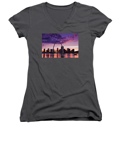 St Louis Sunset Women's V-Neck (Athletic Fit)