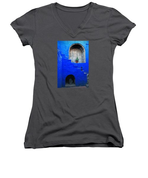 Staircase In Blue Courtyard Women's V-Neck T-Shirt (Junior Cut) by RicardMN Photography