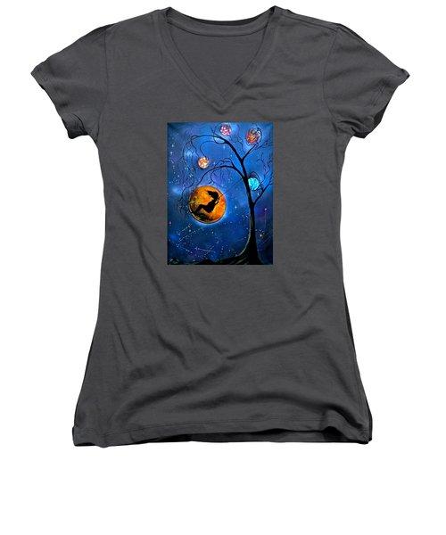 Star Swing Women's V-Neck T-Shirt