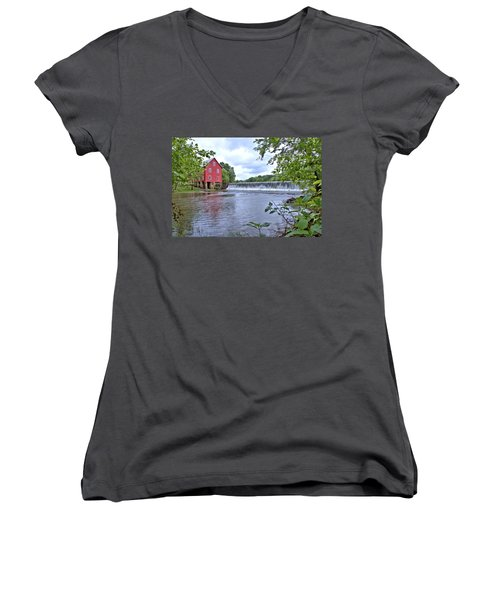 Starrs Mill Women's V-Neck T-Shirt