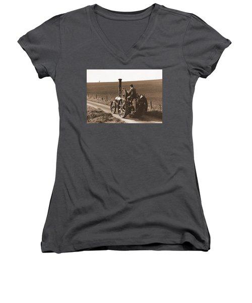 Steam Tractor Women's V-Neck T-Shirt