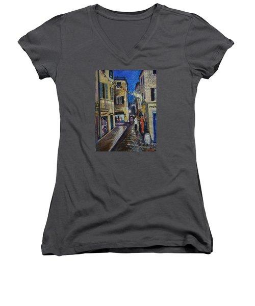Street View Provence 2 Women's V-Neck