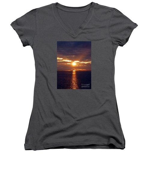 Sunset From Peace River Bridge Women's V-Neck T-Shirt (Junior Cut) by Barbie Corbett-Newmin