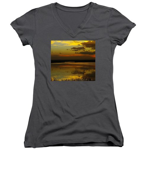 Sunset On Medicine Lake Women's V-Neck T-Shirt (Junior Cut) by Jeff Swan