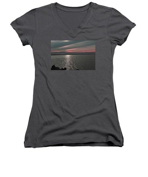 Sunset On The Marsh Women's V-Neck T-Shirt (Junior Cut)