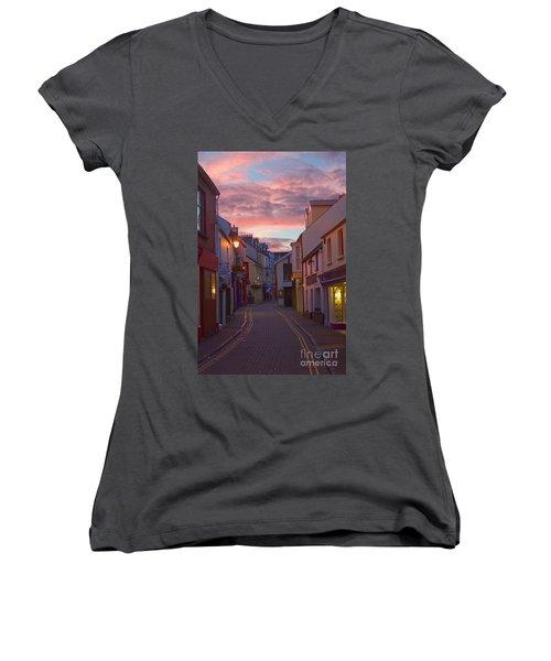 Sunset Street Women's V-Neck