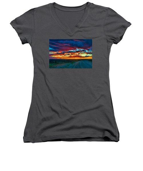 Taos Sunset Iv Women's V-Neck