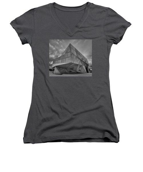 Women's V-Neck T-Shirt (Junior Cut) featuring the photograph Tel Aviv Museum  by Ron Shoshani
