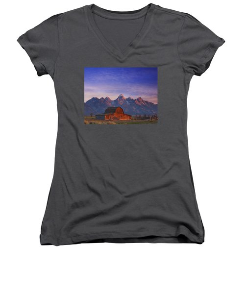 Teton Sunrise Women's V-Neck