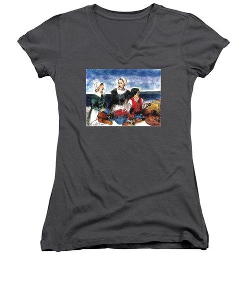 Thanksgiving Supper Women's V-Neck T-Shirt (Junior Cut)