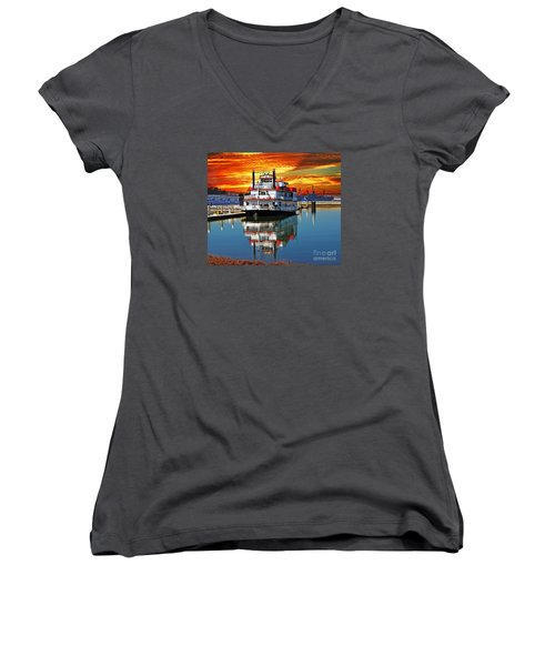 The End Of A Beautiful Day In The San Francisco Bay Women's V-Neck T-Shirt (Junior Cut) by Jim Fitzpatrick