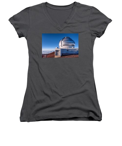 Women's V-Neck T-Shirt (Junior Cut) featuring the photograph The Gemini Observatory by Jim Thompson