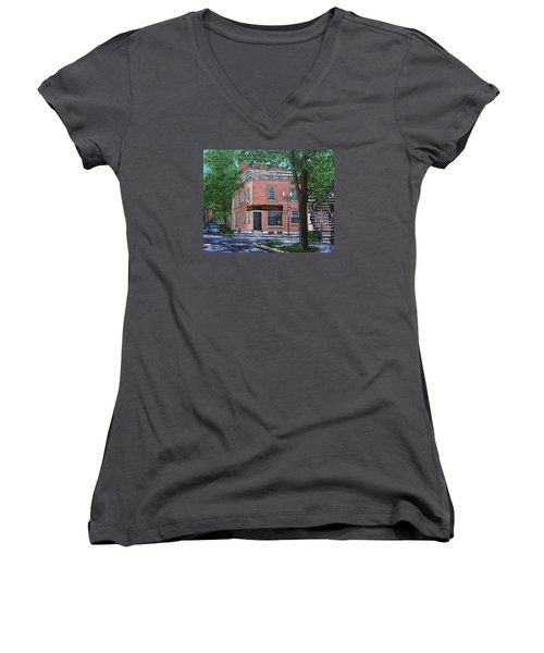 Traiteur Mesa Latina  Women's V-Neck T-Shirt (Junior Cut) by Reb Frost