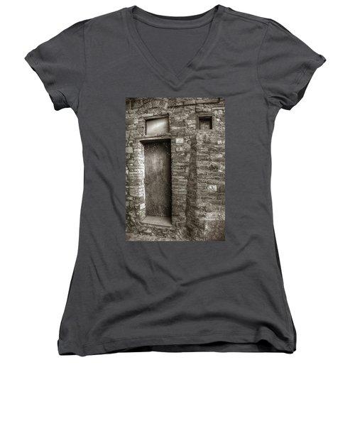 Tuscan Doorway Women's V-Neck