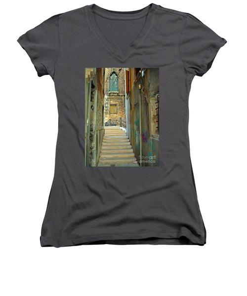 Venetian City Of Bridges Women's V-Neck T-Shirt