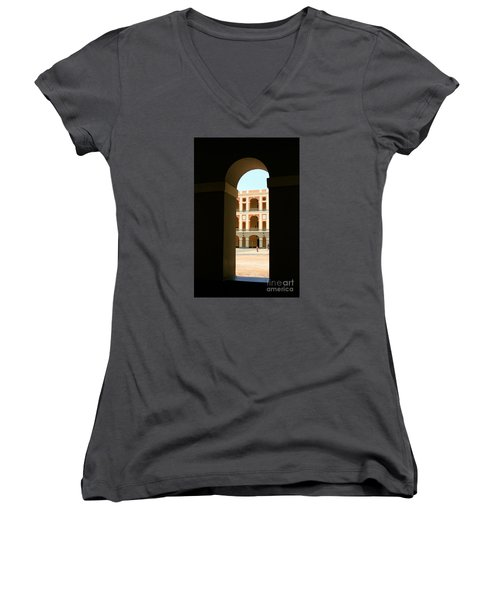 Ventana De Arco Women's V-Neck T-Shirt (Junior Cut)