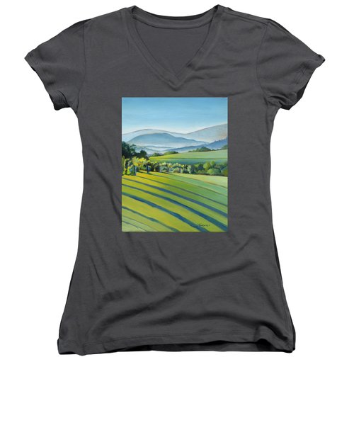 Vineyard Blue Ridge On Buck Mountain Road Virginia Women's V-Neck T-Shirt