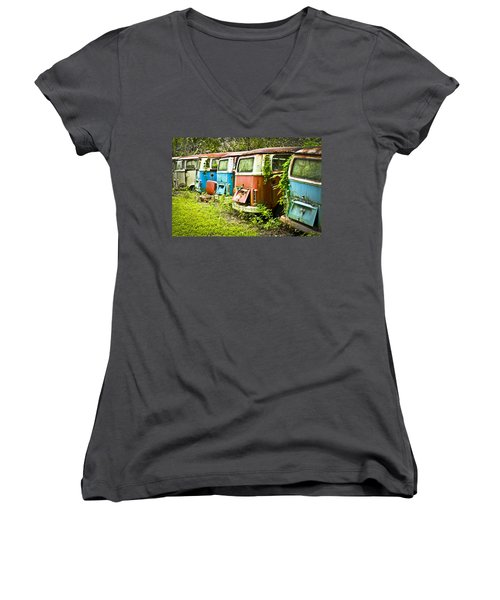 Vw Buses Women's V-Neck (Athletic Fit)