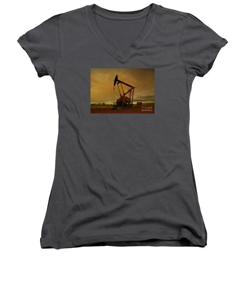 Wellhead At Dusk Women's V-Neck T-Shirt (Junior Cut) by Jeff Swan