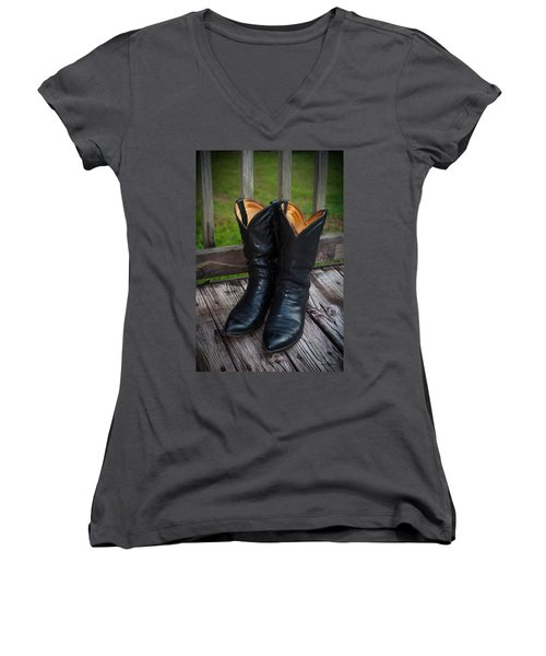 Western Wear Women's V-Neck