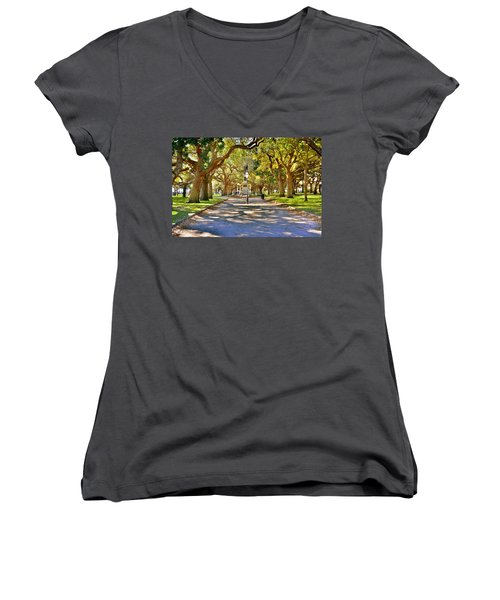 White Point Gardens At Battery Park Charleston Sc Hdr Women's V-Neck T-Shirt