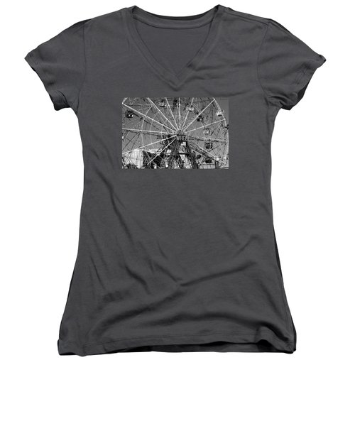 Wonder Wheel Of Coney Island In Black And White Women's V-Neck T-Shirt