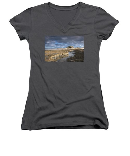 A View Of Bamburgh Castle Bamburgh Women's V-Neck T-Shirt