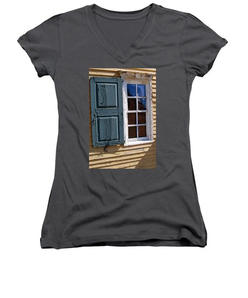 A Window Into The Past Wipp Women's V-Neck T-Shirt (Junior Cut)
