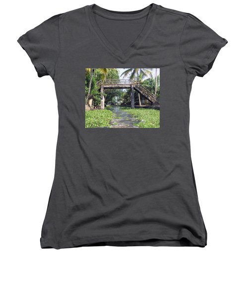 An Old Stone Bridge Over A Canal In Alleppey Women's V-Neck T-Shirt (Junior Cut)