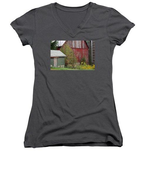 Barn Buildings Women's V-Neck