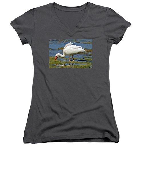 Dinnertime Women's V-Neck T-Shirt