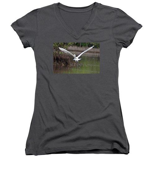 Egret In Flight Women's V-Neck T-Shirt