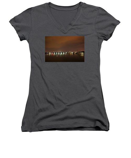 Gap Analysis Women's V-Neck T-Shirt