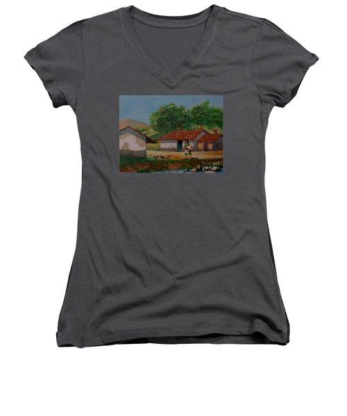 La Dama Del Rio Women's V-Neck T-Shirt
