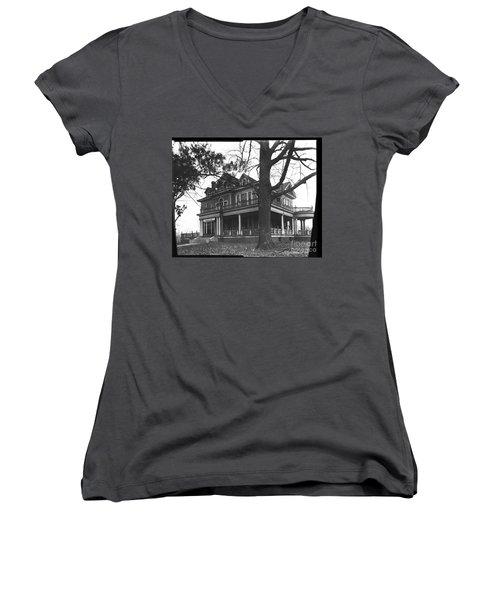 Norman Women's V-Neck T-Shirt