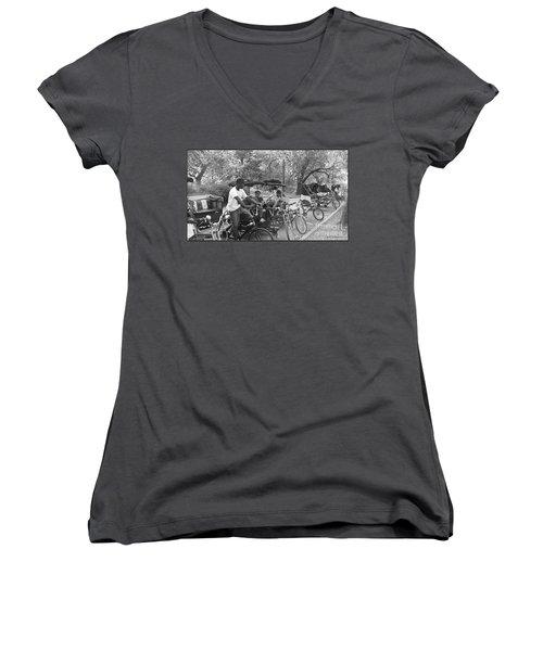 Quiet Tuesday Central Park Women's V-Neck T-Shirt