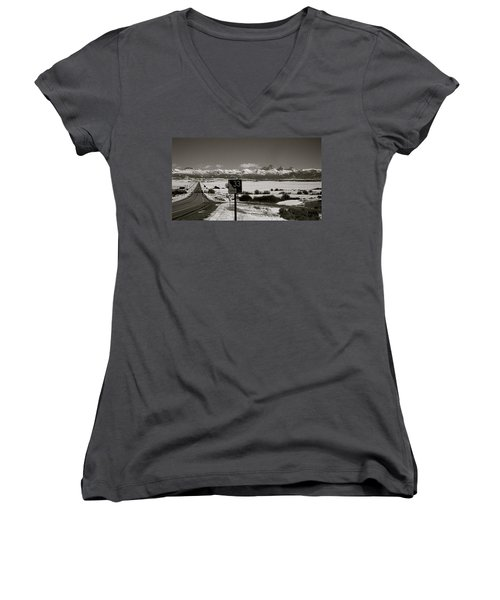 Women's V-Neck T-Shirt (Junior Cut) featuring the photograph The Road Home by Eric Tressler