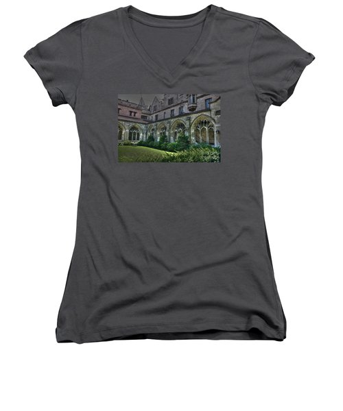 U Of C Grounds Women's V-Neck (Athletic Fit)