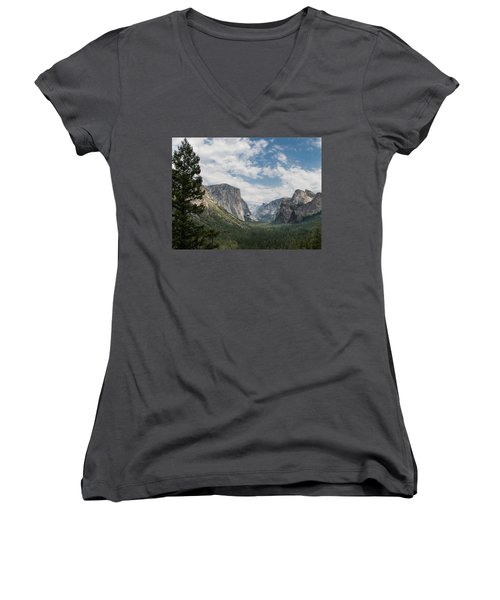 Yosemite Valley From Tunnel View At Yosemite Np Women's V-Neck
