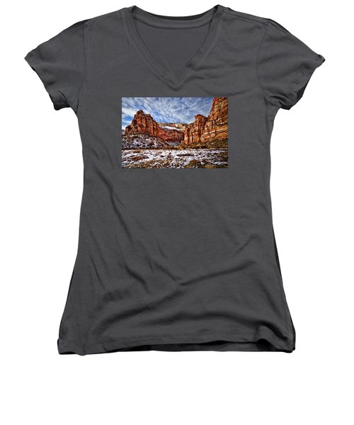 Zion Canyon In Utah Women's V-Neck